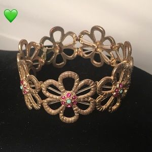 Stretchy Flower Bracelet